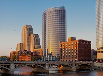 grand rapids michigan skyline